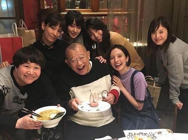 ▲貝琪與演藝圈好友聚餐慶生。(圖/翻攝自貝琪IG)
