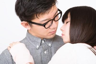 心理師艾彼│把「性」當成被愛籌碼?下床後妳會開始懷疑自我價值