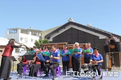 慶祝天穿日 黃健庭客裝同唱客家曲