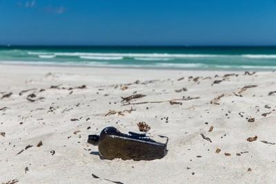 澳洲夫婦撿到「132年瓶中信」