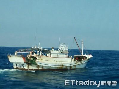 台南海巡隊接連取締2起違規拖網