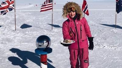 被諷「女生待廚房就好」 16歲少女南極點放三明治:有本事自己拿