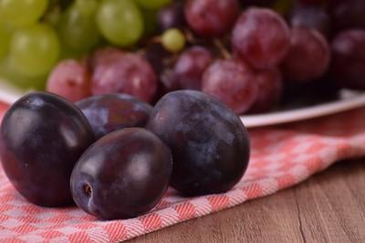 3歲童跨年吞12顆葡萄 祈福慘噎死