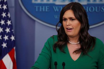 為川普工作 白宮發言人被餐廳趕