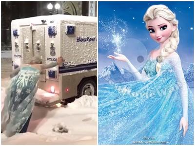 《冰雪奇緣》艾莎雪地幫推車 衣服半撩露內褲...好像哪裡怪怪的