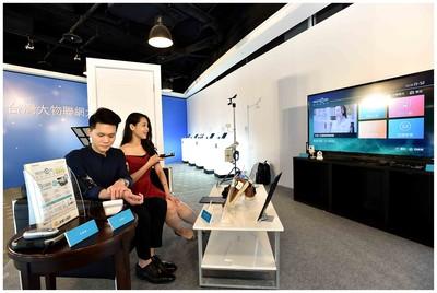 中華、遠傳與台灣大OTT平台 各自推出母親節優惠與世足賽抽獎