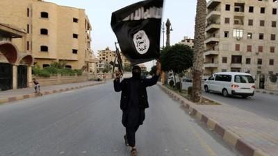 在英國被霸凌 她憤而投奔ISIS