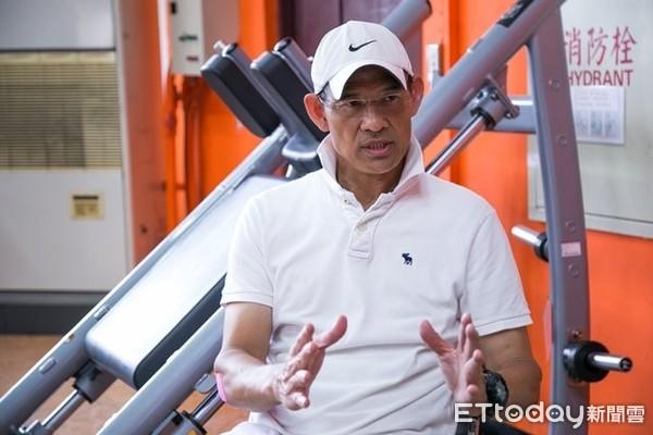 圖二:體育室副教授、運動主播龍培訓老師楊孫錦對學生很有信心,盼能陪著他們開創更寬廣的道路。(圖/世新大學提供)