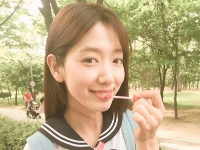 不打扮會沒朋友 韓國女高中生真心話:「不想和沒化妝的人玩」
