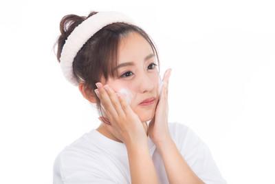洗臉洗的掉粉刺?正確洗臉手法大公開