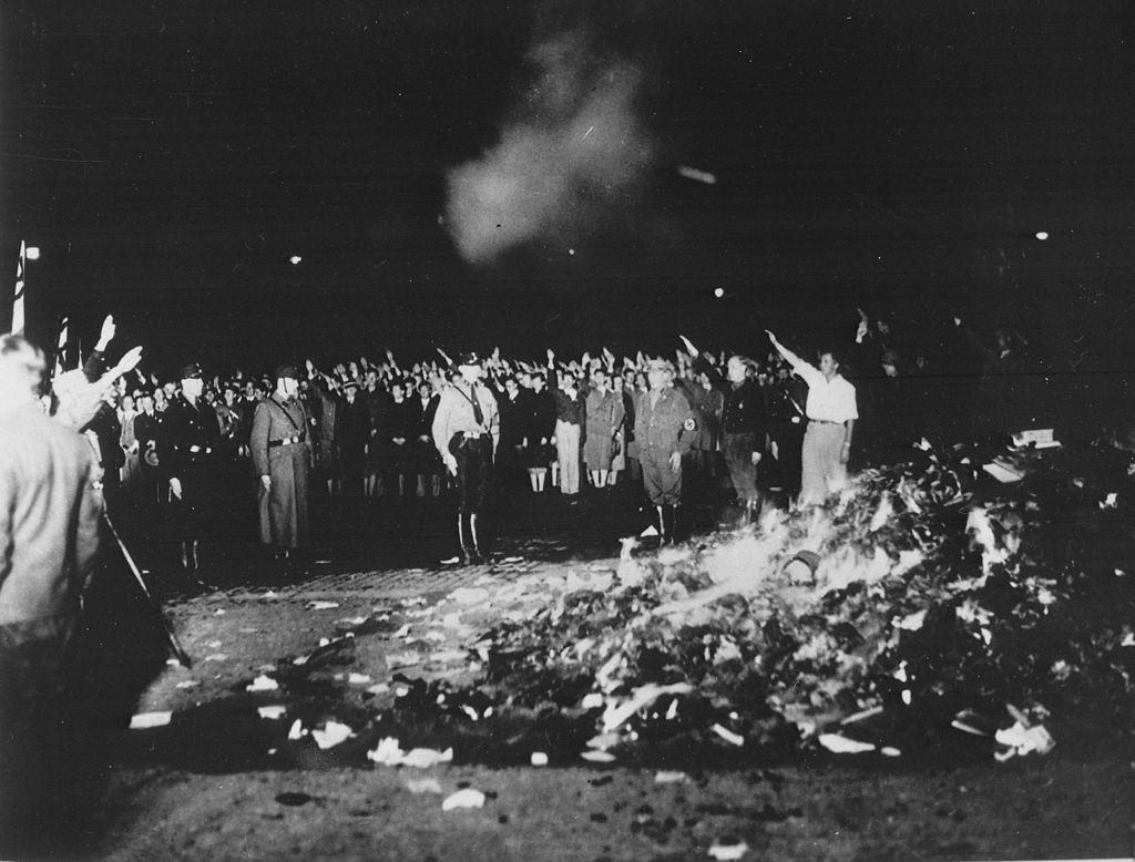 ▲▼1933年納粹焚書行動(圖/翻攝自Wikipedia)
