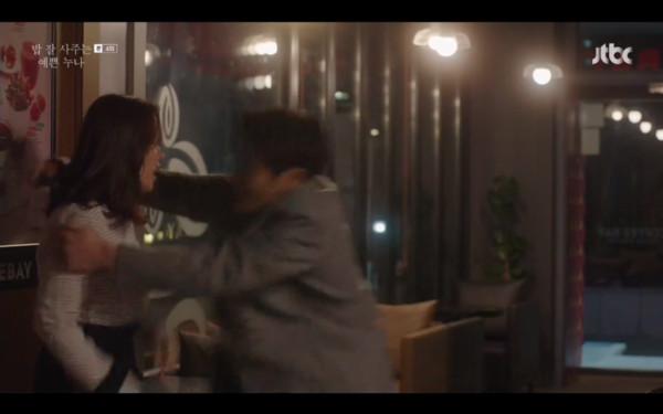 ▲▼雷/《姐姐》丁海寅、孫藝真第4集親了! 霸氣拉進家裡。(圖/翻攝自JTBC)