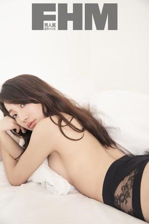 ▲「國光女神」依依為雜誌拍攝性感照。(圖/FHM提供)