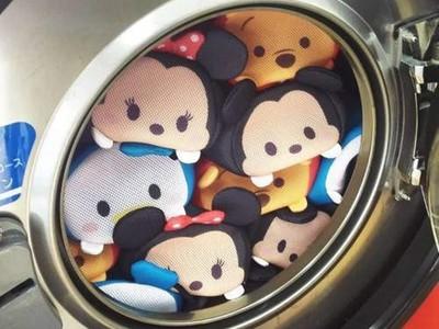 迪士尼又來搶錢啦!Tsum Tsum洗衣袋...很實用欸不買嗎( ͡° ͜ʖ ͡°)
