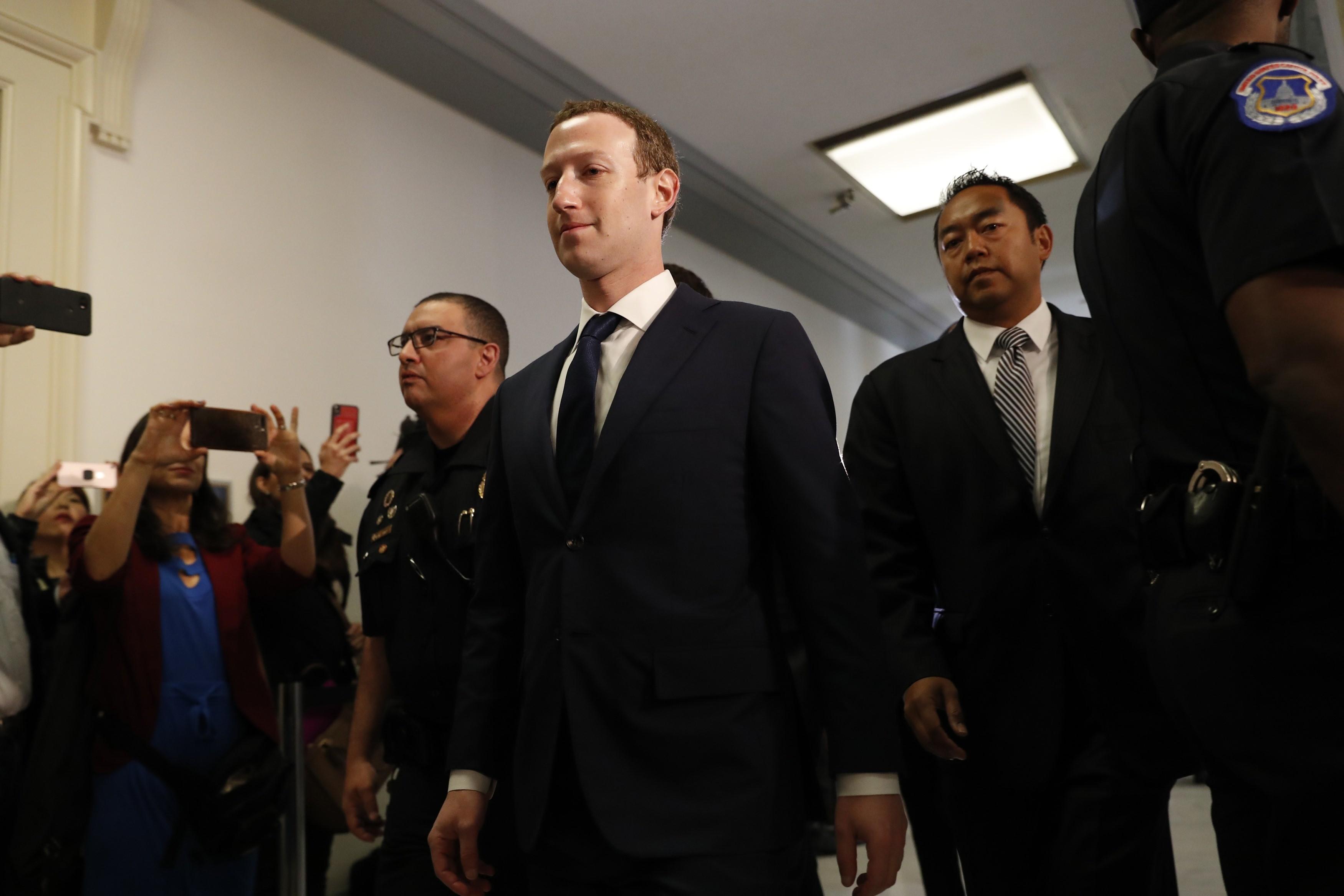 ▲▼臉書創辦人馬克祖克柏Mark Zuckerberg,出席眾議院聽證會。(圖/路透社)
