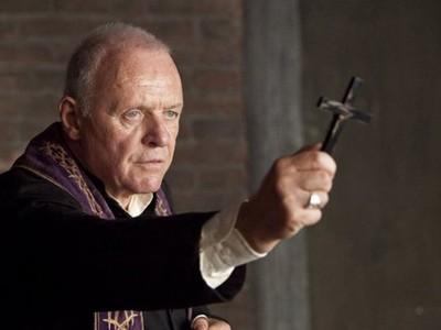「撒旦指使我手淫40次!」中邪民眾暴增,梵蒂岡尋找驅魔人才