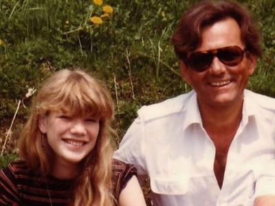 現實沒有即刻救援...女兒遭繼父姦殺 父親花27年跨國報仇