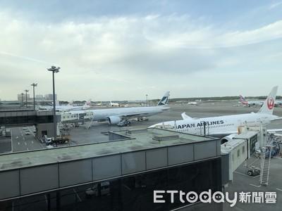 恐染武漢肺炎 23陸客被請下日飛機