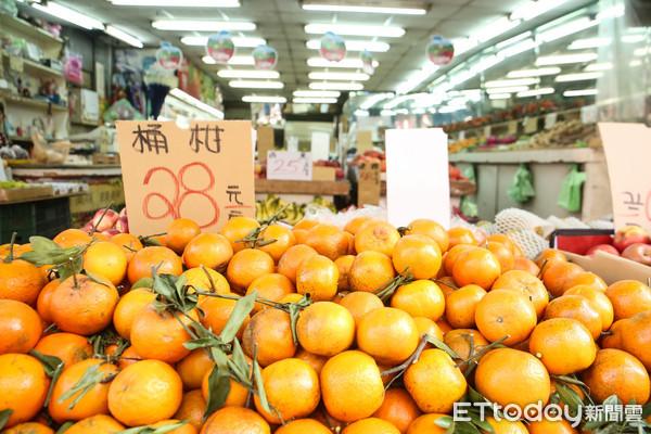 ▲▼水果,水果攤,農產,飲食健康,食品安全。(圖/記者周宸亘攝)