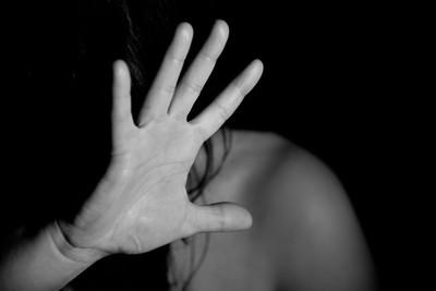 男大生控被教授男同學猥褻 反因誣告起訴