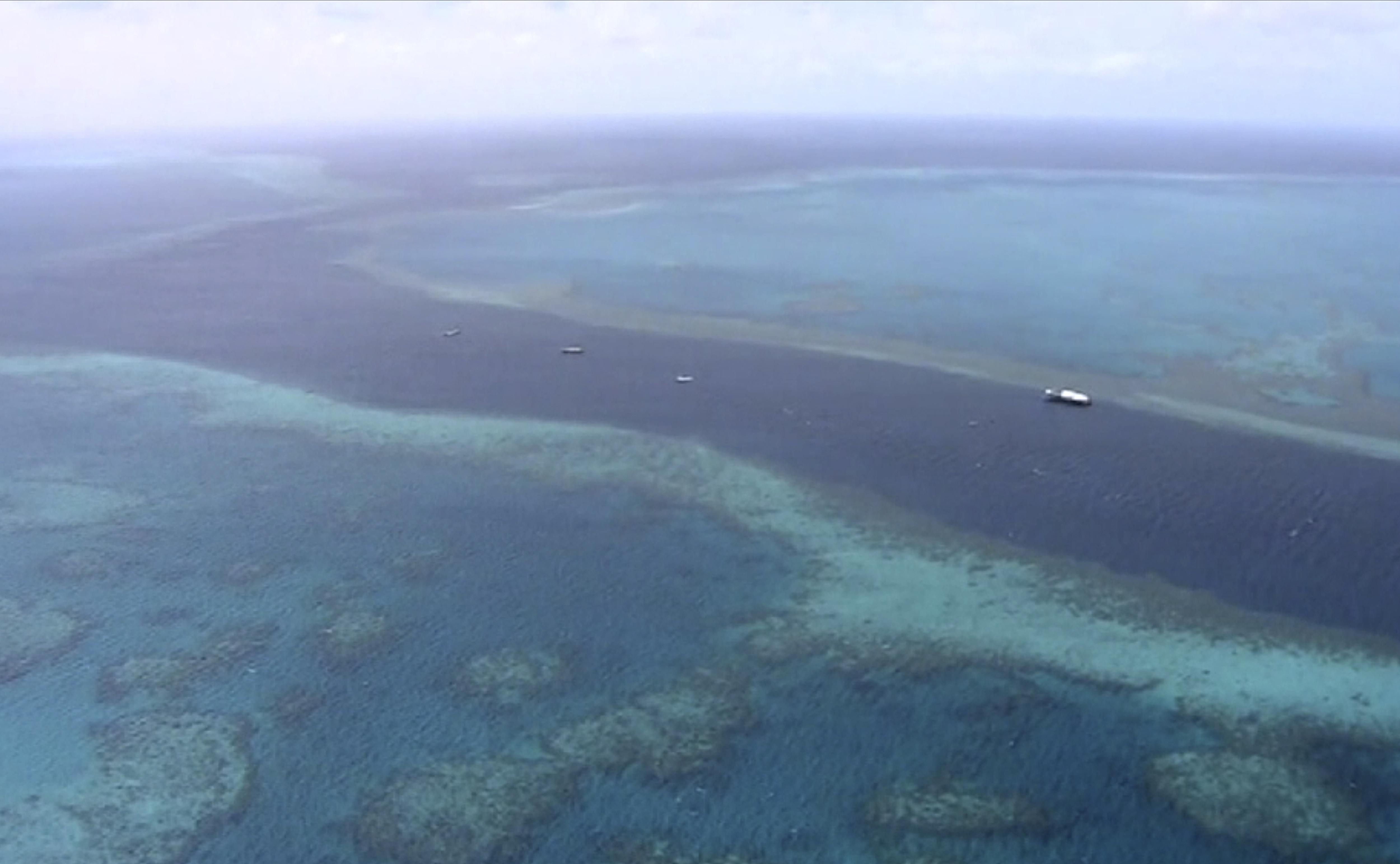 ▲▼大堡礁綿延約2600公里,是世界上最大的珊瑚礁體系。(圖/達志影像/美聯社)