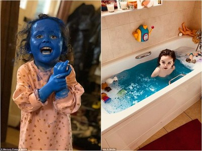 不過安靜5分鐘 女兒變身藍色小精靈 洗了兩個小時爸媽哭笑不得