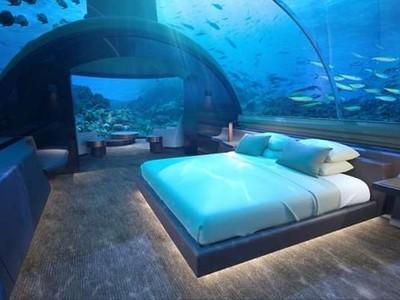 全球首座海底別墅在馬爾地夫! 可以和小比目魚一起睡覺了