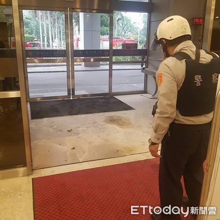 快訊/汽油彈攻擊振興醫院 嫌犯落網供稱「膝蓋手術沒開好」燒醫院洩憤