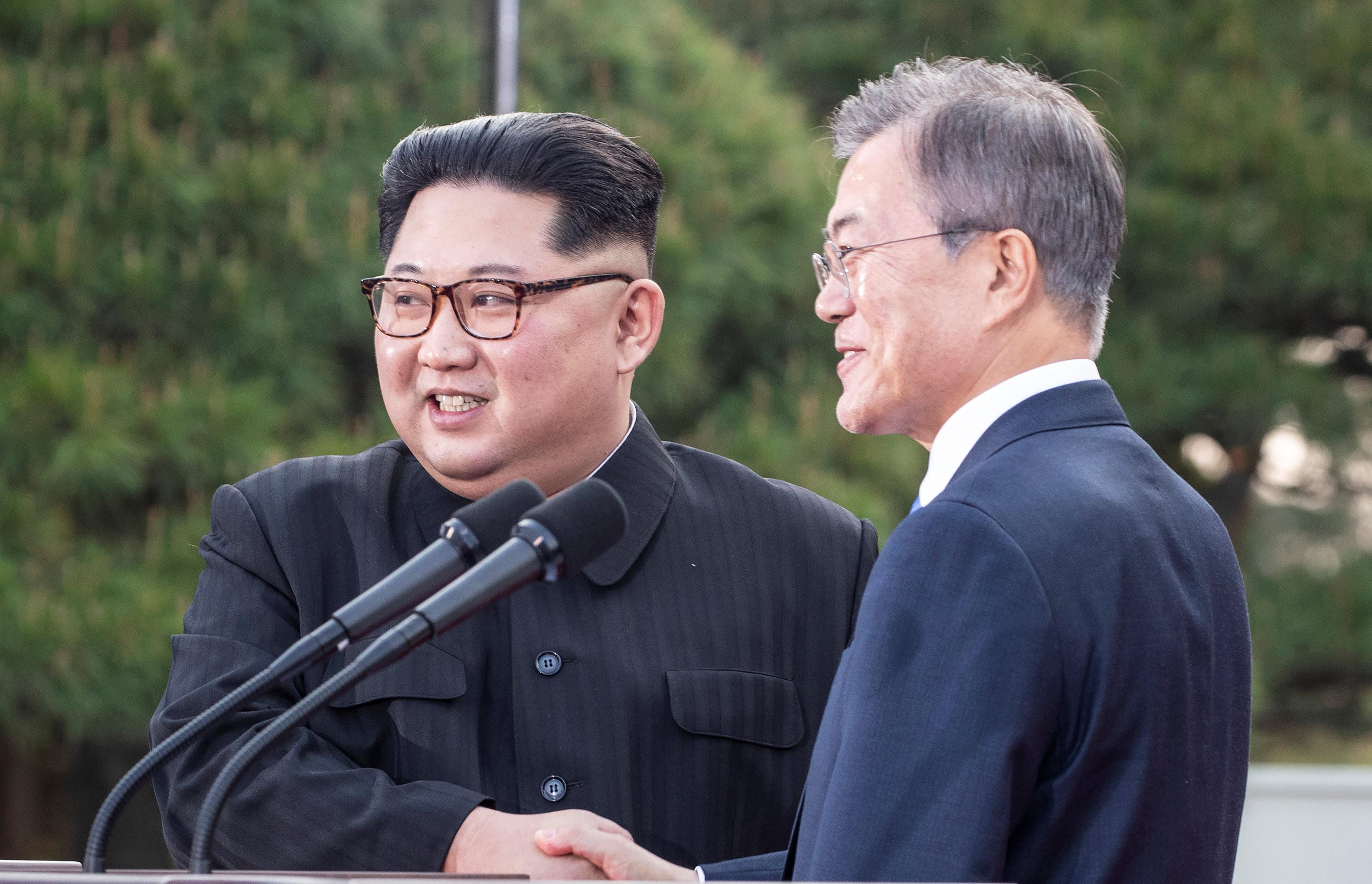 ▲▼金正恩,文在寅,文金會,南北韓峰會。(圖/路透社)