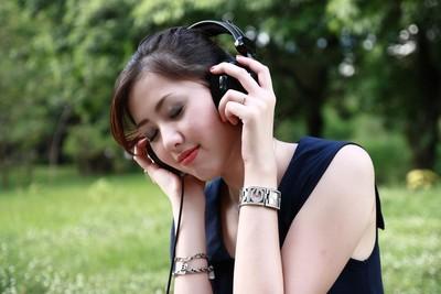 唱片公司將滅亡?Spotify直接找歌手簽約 不買版權只要音樂許可