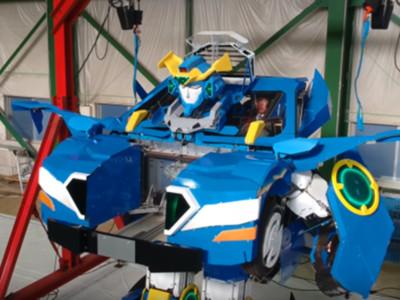 變形金剛是真的!日本打造汽車機器人 只花1分鐘就變形完成