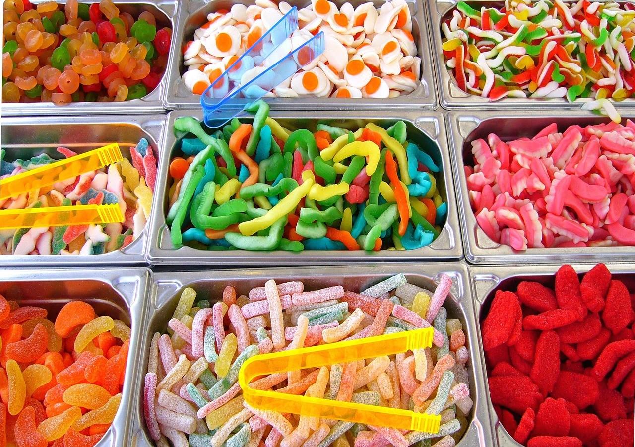 ▲糖果,棒棒糖,甜食。(圖/取自免費圖庫Pixabay)