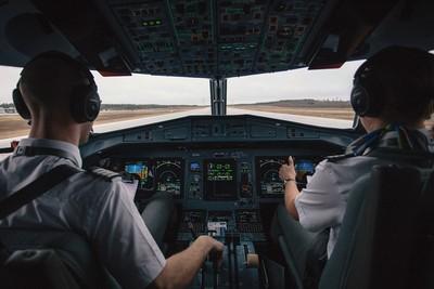 印度男扮機長「爽搭15次免費飛機」