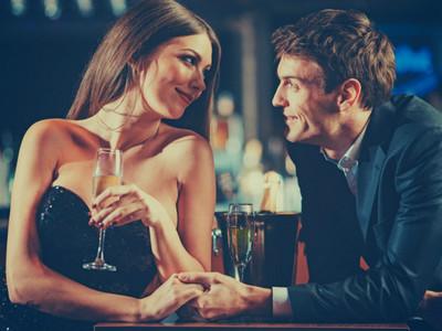 小賣性感!情侶「初夜」3要點 穿白襯衫+黑Bra撩起男人好奇心