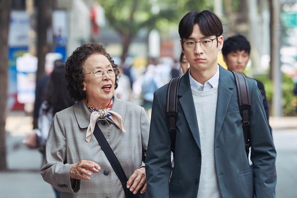 ▲▼慰安婦掀肚皮刀疤:我就是證據!76歲奶奶控日軍人惡行。(圖/friDay 影音提供)