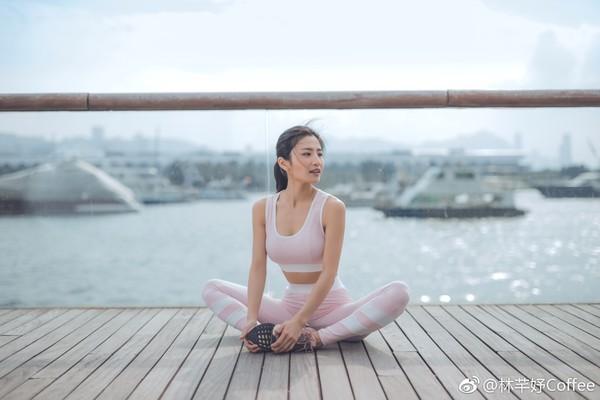 ▲林芊妤現在是瑜珈老師。(圖/取自林芊妤微博)