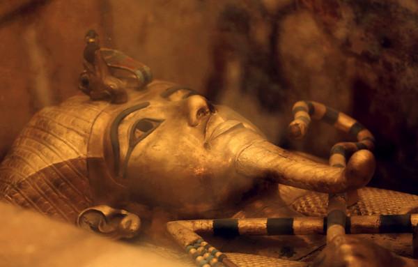 ▲▼ 埃及圖坦卡門墓牆後秘室消失了。(圖/達志影像/美聯社)