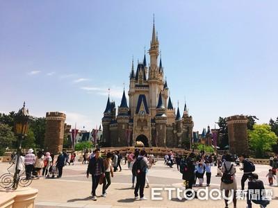 東京迪士尼、大阪環球影宣布12日停業