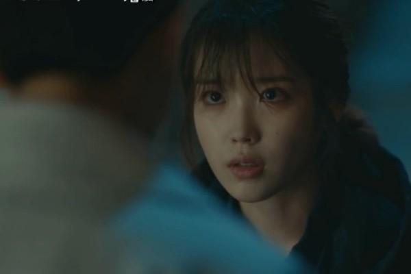 ▲▼ 韓劇《我的大叔》IU、李善均。(圖/翻攝自tvN)