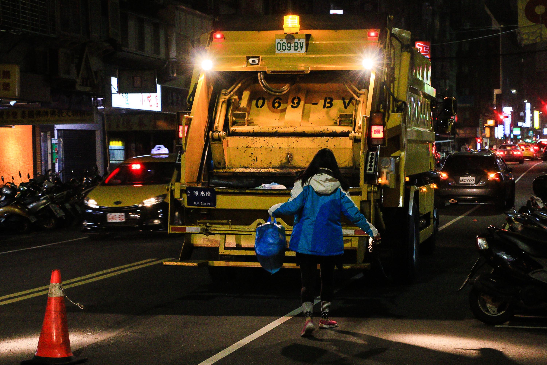 ▲▼垃圾車,環保,清潔,廢棄物,回收,垃圾,臺北市環保局(圖/記者周宸亘攝)