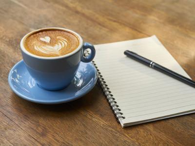 到大馬怡保必喝「白咖啡」 40年老店示範淡奶混煉乳:就是這味!