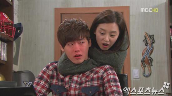 ▲▼李鐘碩和金智媛曾在《High Kick短腿的反擊》組成CP。(圖/翻攝自MBC)