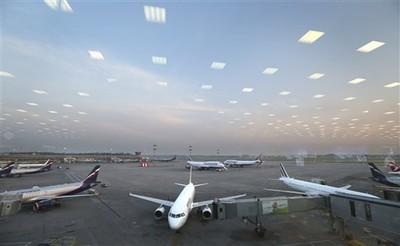 莫斯科機場飛機起飛 撞死轉機旅客