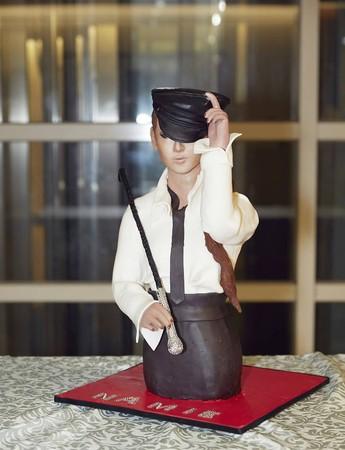 ▲▼蔡依林親做「安室奈美惠蛋糕」(圖/翻攝自蔡依林臉書)