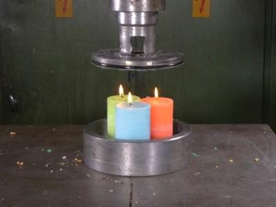 液壓機療癒挑戰又來了 壓扁蠟燭會怎樣?蠟條噴炸我可以看十遍