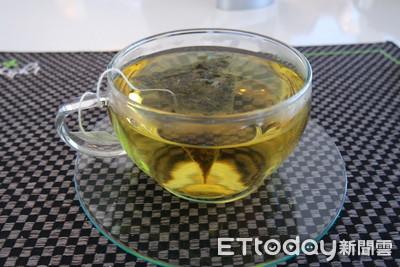 無糖茶當水喝「腎結石暴增」網戰翻!醫師、營養師答案超吃驚