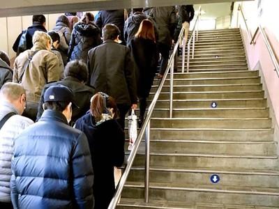 PO照狂讚「日本車站超有秩序」 鄉民噴爆:尖峰時段才不是這樣