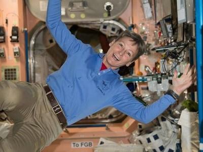 太空人揭密「無重力屎尿」該怎辦!...這畫面太美我不敢看