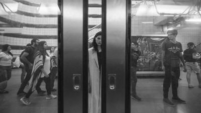40歲「偽娘」叔地鐵偷拍走光 遭活逮捕辯稱:只是想學她穿搭