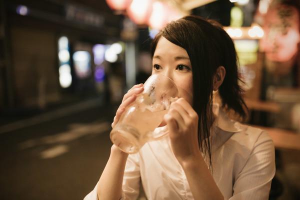 減肥女子(圖/取自免費圖庫Pakutaso)